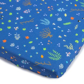 Sheet with a rubber band Forest critters - blue