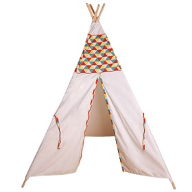 Teepee Indian with pillow