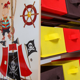 Children's organizer for Pirate toys