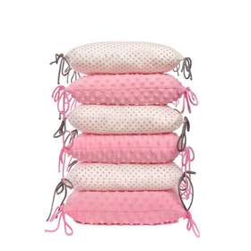 Cushioned bed padding - pink and white