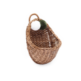 LILU Wicker basket to wall